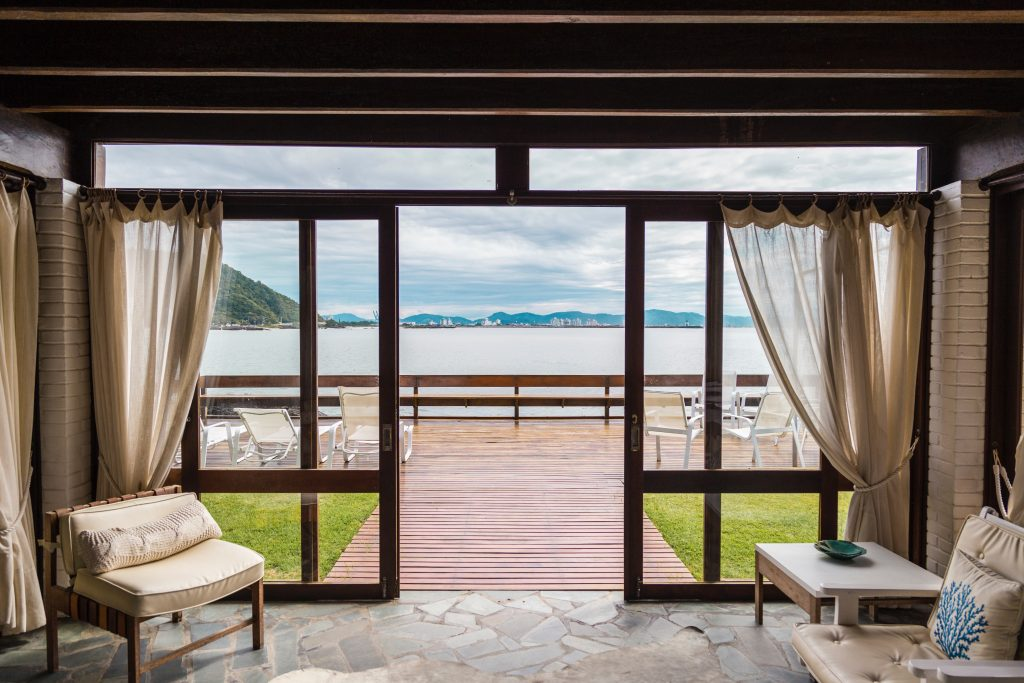 Perfect Private Property with sea view